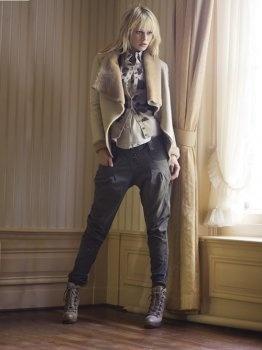 Foto- en mediastyling, werk van Danielle Brand http://www.stylink.nl/etalages-|-portfolio-s/Danielle-Brand/ #stylink #stoer #fashion
