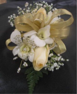 gold corsages for weddings | Abundantly_More-Bouquets