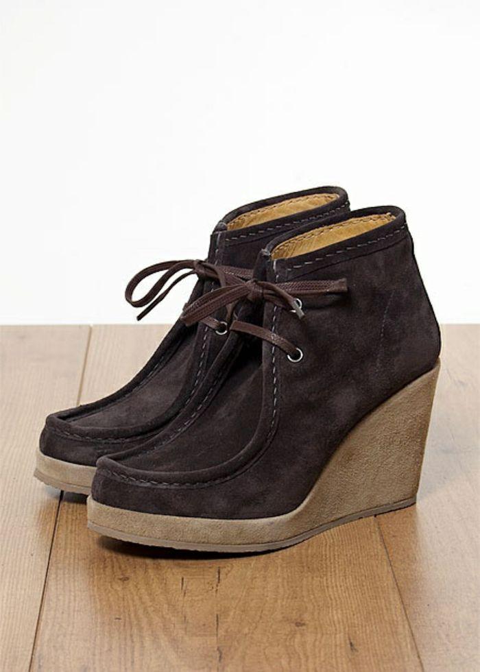 chaussures compensées, mocassins marrons