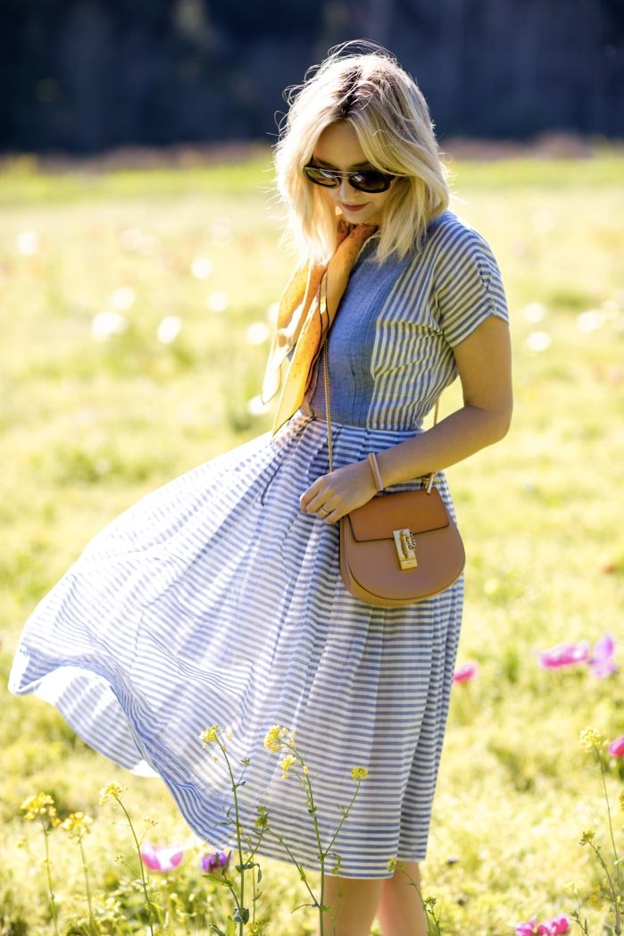 1000  ideas about Blue Striped Dresses on Pinterest  Striped midi ...