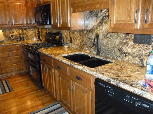 Kitchen Backsplash With White Cabinets French Country