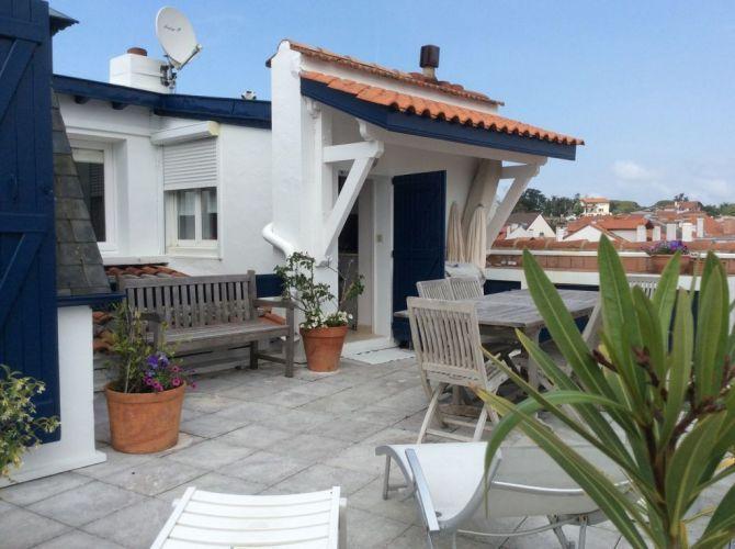Vente appartement toit terrasse t4 70m2 saint jean de luz for Immobilier toit terrasse