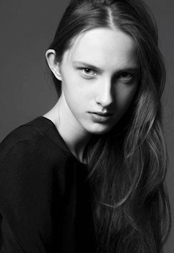 Joanna Pieczaba | Division
