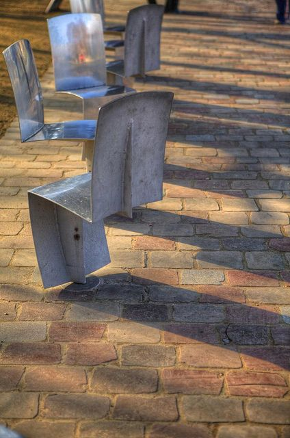 Chair-itee, Parc de la Villette, Paris - France | Flickr - Photo Sharing!