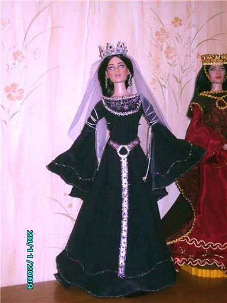 14 век готика исторический костюм