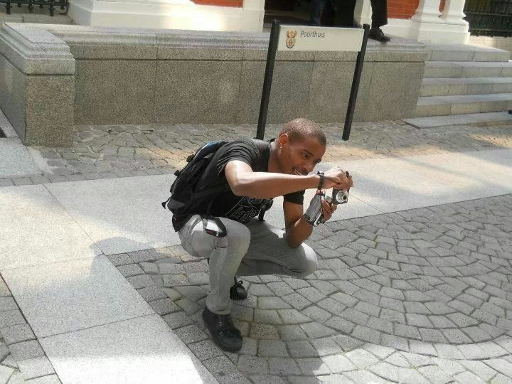 Snapshot while taking a photo