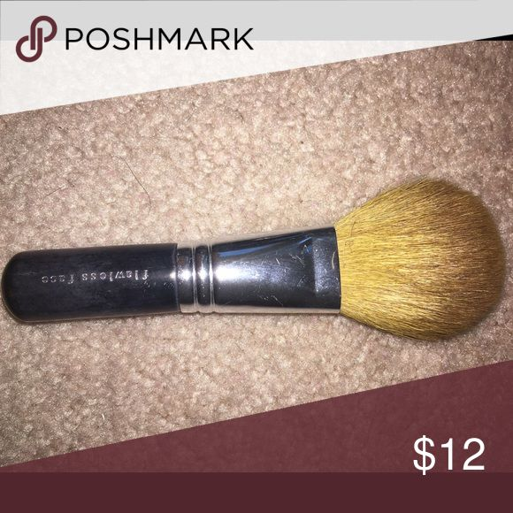 Bare minerals brush Bare minerals flawless face brush bareMinerals Makeup Brushes & Tools