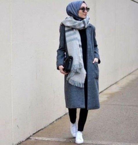 long scarf hijab sporty look, Modern Hijab Street styles http://www.justtrendygirls.com/modern-hijab-street-styles/