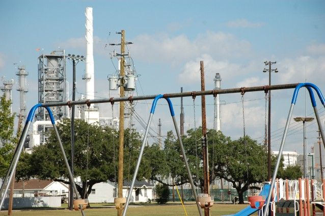 How Houston's Biggest Polluters Are Buying Texas' Elections At The Expense Of Its Residents