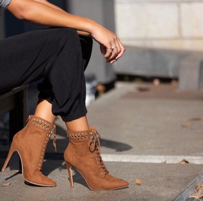 Pin En Boots