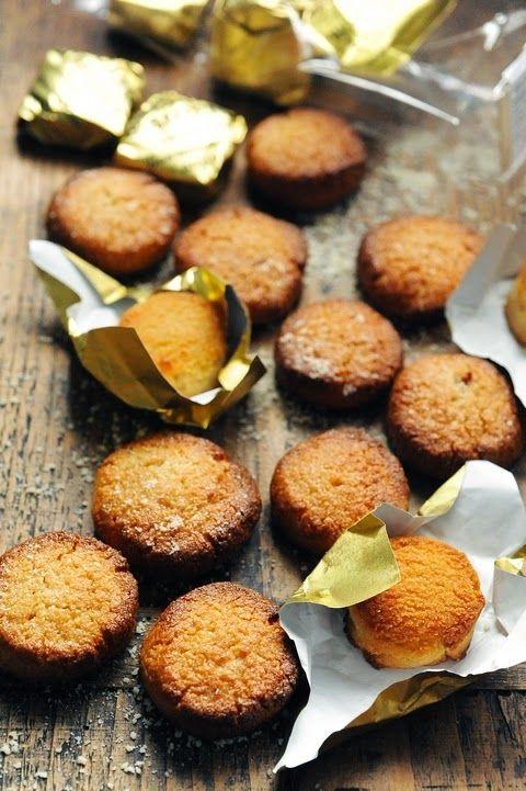 Le vendredi c'est retour vers le futur…  Le macaron d'Amiens et si les macarons de nos régions me reprenaient…