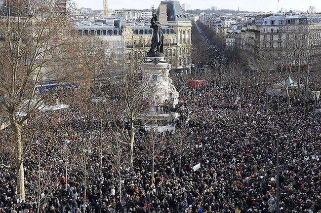 Δοκιμή για αποφασιστικότητα η διαδήλωση της Γαλλίας