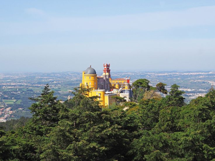 Visiting Lisbon? Add Sintra and Cascais to your list of places to visit too. Luxury travel blogger Aftab shares his authentic experiences.