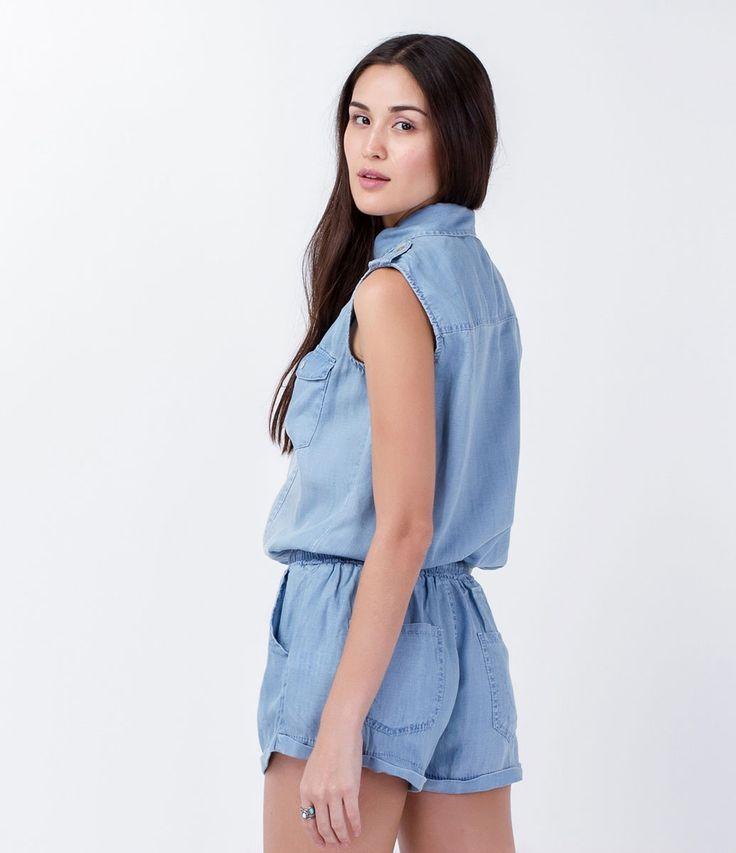 Macacão feminino Sem manga Com bolsos Marca: Blue Steel Tecido: tencel Composição: 100% tencel Modelo veste tamanho: P COLEÇÃO VERÃO 2016 Veja outras opções de macacões femininos.