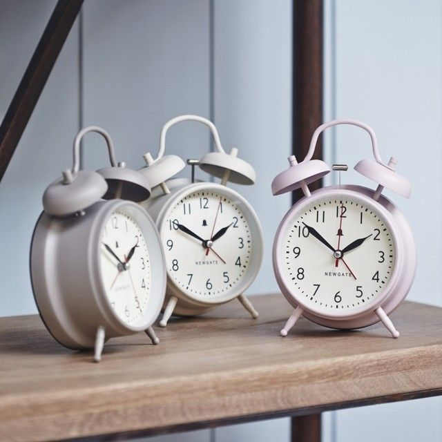 traditional-alarm-clocks.jpg