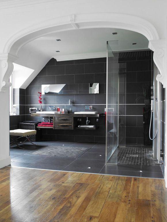 doccia con piastrelle nere - Design Moderno