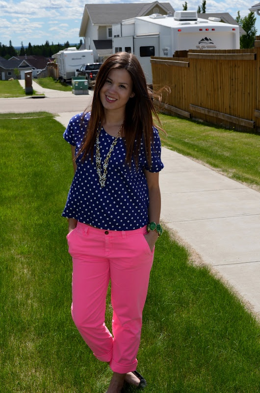 bornlippy: how to wear neon pants