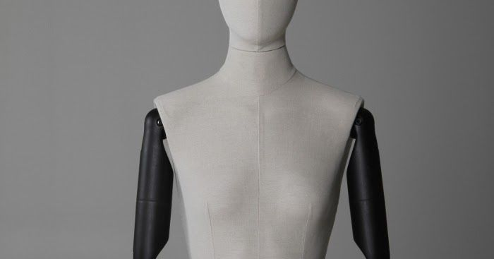 Macam Macam dan Jenis Manekin Yang Ada.  #mannequin #torso #manekincewek #manekinkayu #manekinplastik #bonekatoko #boneka #fashion