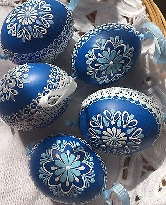 """Czech traditional Easter Eggs """"Kraslice"""" (Moravia, Europe)-blue/white lace wax"""