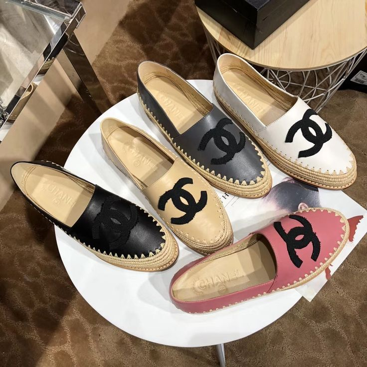 6cbe5d11cb Chanel 2018 new woman espadrilles | Shoes | Chanel schuhe, Chanel ...
