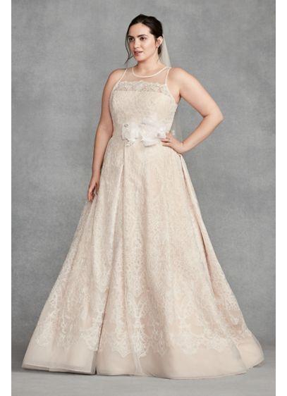 5cfb89f8551 White by Vera Wang Macrame Plus Size Wedding Dress 8VW351400