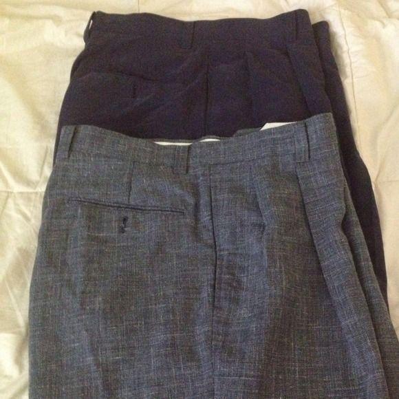 Men's dress shorts Men's dress shorts set of 2 . One dark gray . One navy blue . Very good condition Ben hogan Shorts