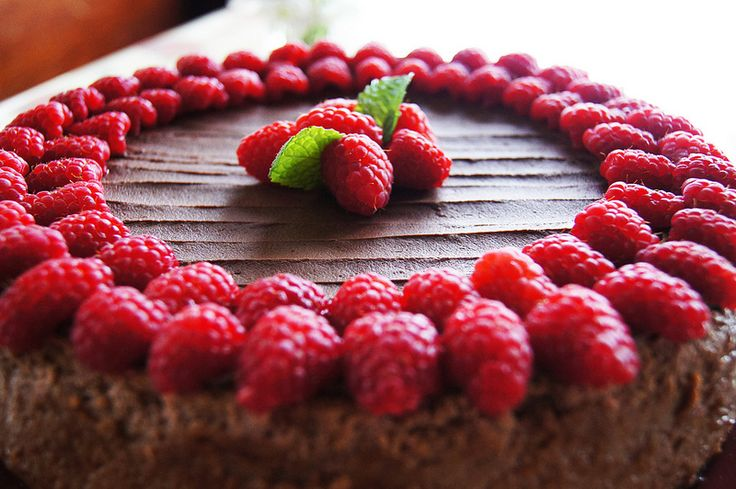 Easy Chocolate Raspberry Cheesecake Recipe