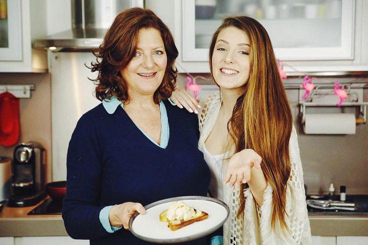INSTAGRAM :  SURPRISE La pause est terminée maintenant nous reprenons la chaine de cuisine et bien sûr toujours avec ma maman, je suis tellement heureuuuuuuse  Le lien est dans ma bio. Je vous aime  - Emma CakeCup