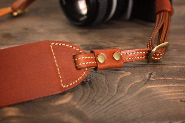 SUAVE レザーカメラストラップ | 革小物のDURAM FACTORY
