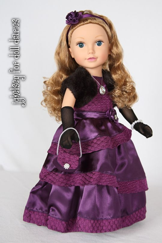 Guest Review – 2014 Holiday Collectible Journey Girl Mikaella