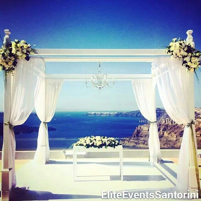 #Chic #white #Ceremony in #santorinigem by #eliteventssantorini #summer #weddings #weddingplanning #events #santorini #decoration #flowers #eventdesign #civil #ceremony #santoriniwedding #russianwedding #destinationwedding #visitgreece #visitsantorini #getmarriedingreece #welovegreece #welovesantorini #greekislands #cyclades #calderaview❤️ www.eliteeventssantorini.com