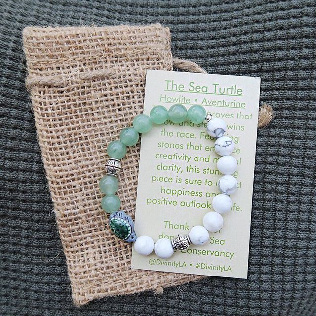 Turtle - Aventurine - Howlite This bracelet proves that slow and steady wins the race. Featuring stones that enhance creativity and mental clarity, this stunni