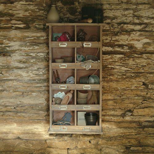 Etag re murale en bois 10 casiers avec porte tiquette prix promo etag re dec - Etagere murale avec porte ...
