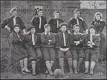 Football féminin — Wikipédia