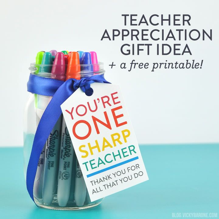 It's Teacher Appreciation Week! Let a teacher in your life know how grateful you are forthem with a DIY gift! For my sons' teachers, I got some fresh new Sharpie markers in lots of bright colors, placed them in a mason jar, and attached a gift tag. You can print these gift tags too! Click on the printable below to download it for free! Download, print, cut, and hole punch! Use a ribbon or twine to attach the tags to a jar. This printable has two options (the top two have a space to write…