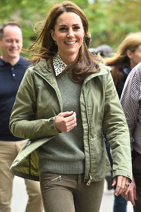6bf1960704a2 Kate Middleton glowing as she returns to work after maternity leave ...