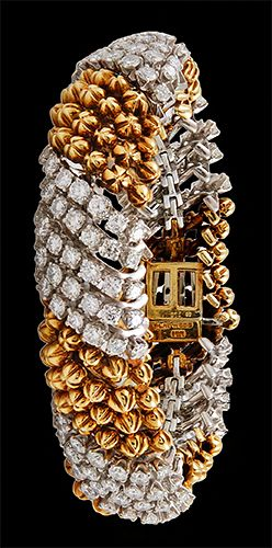 DAVID WEBB Platinum Diamond Bracelet.