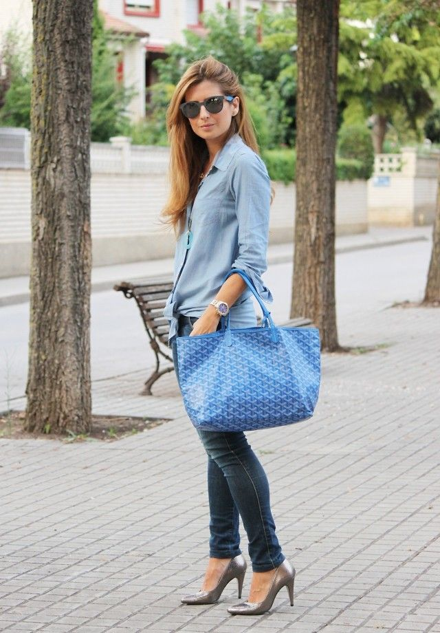 Easy Life, Easy Fashion. Buy Goyard St Louis Tote in our Mall, you can find all colors Goyard Totes here with affordable price. Free shipping & Fast delivery Color: pink, black, brown, blue, orange, red, rose, yellow, beige, white, green ....