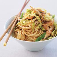 Ginger Chicken Stir-Fry with Sesame Noodles | http://www.rachaelraymag.com/Recipes/rachael-ray-magazine-recipe-search/rachael-ray-30-minute-meals/ginger-chicken-stir-fry-with-sesame-noodles