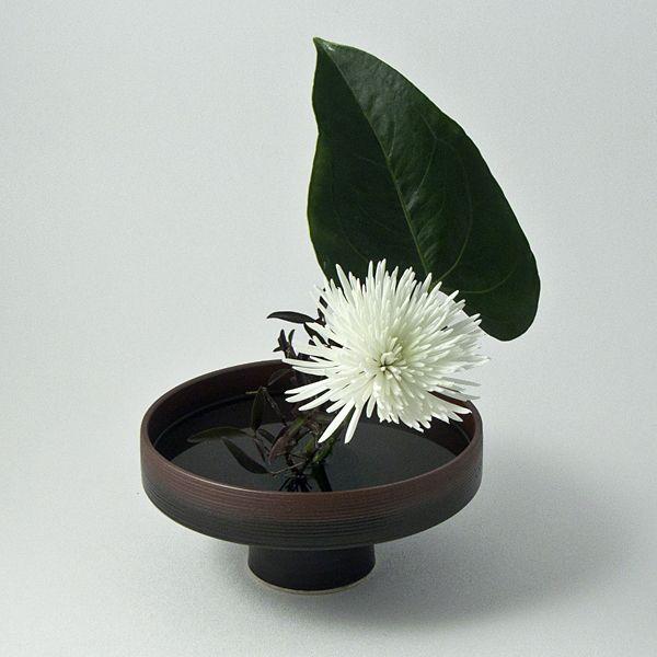 Ziji - Earthen Pedestal Vase, $82.50 (http://www.ziji.com/products/ikebana-flower-arranging/ikebana-vases/earthen-pedestal-vase/)