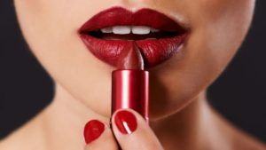 Woman Sues Sephora Claiming Lipstick Sample Gave Her Herpes