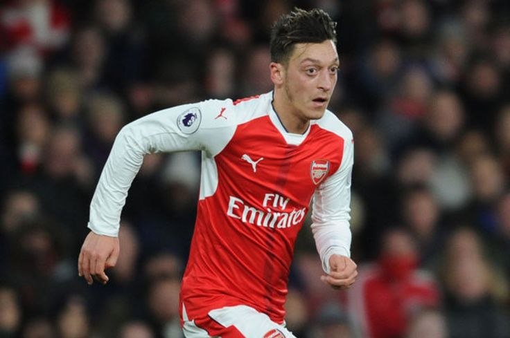 Arsenal news: Arsene Wenger says Mesut Ozil is now more committed than ever