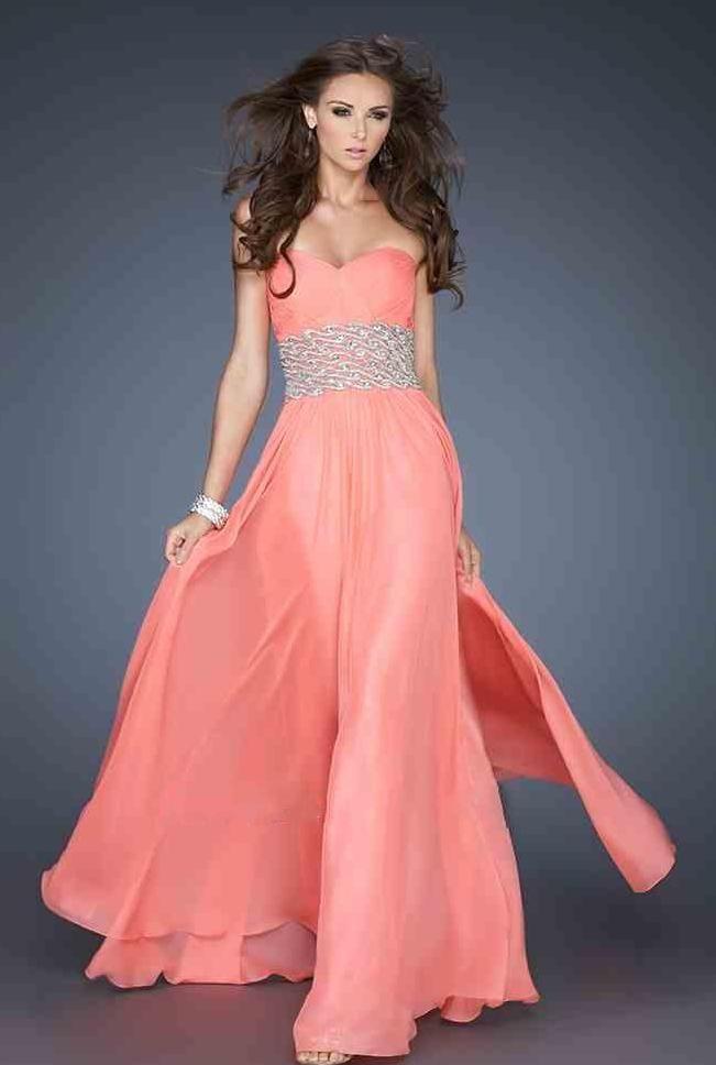 65 best Trajes images on Pinterest   Formal prom dresses ...