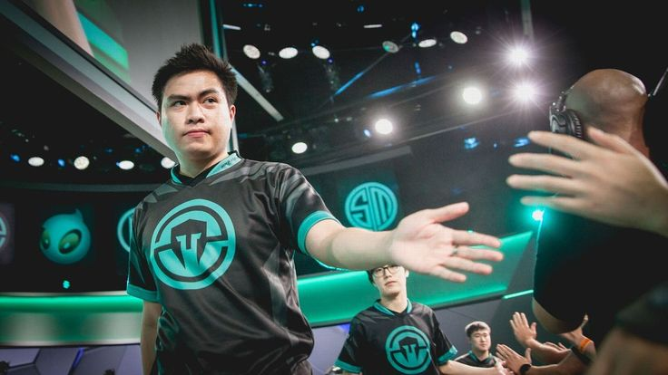 Xmithie is the mid-season NA LCS MVP http://www.espn.com/esports/story/_/id/19762600/jake-xmithie-puchero-mid-season-north-american-league-championship-series-mvp #games #LeagueOfLegends #esports #lol #riot #Worlds #gaming