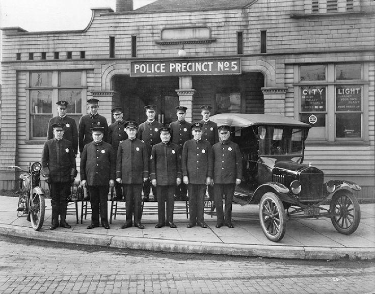 Seattle Police Precinct No 5 - 1920s
