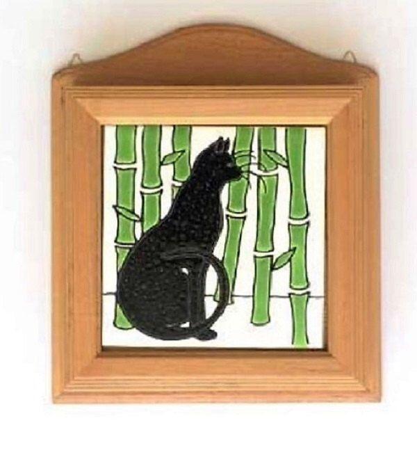 Gato Caja de madera para llaves de pared con azulejo de ceramica pintado a mano en Cuerda Seca de CAYATILES en Etsy https://www.etsy.com/es/listing/294992429/gato-caja-de-madera-para-llaves-de-pared