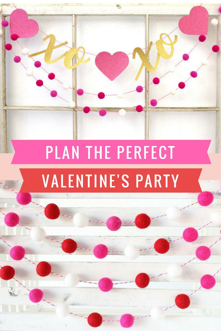 4d88abbe684d36fdc68d09e6289b5b5d - Valentine's Day Party Banner and Garland with PomPoms and XOXO and hearts! VALE...