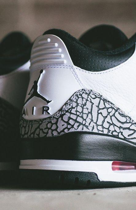 Nike Air Jordan Retro 3-Infrared 23.