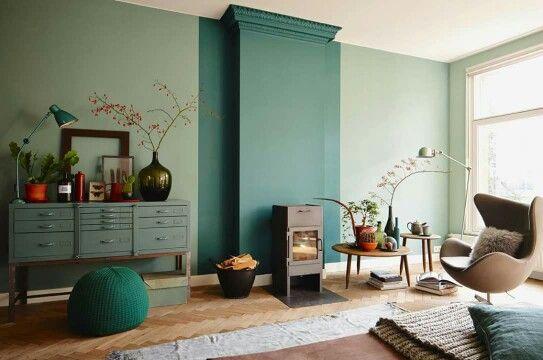 Kleuren Histor. De muur is in de kleur Sectie geschilderd, de muur ...