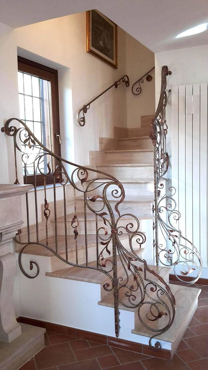Bello Accessori Bagno In Ferro Battuto Stair Decor Staircase Design Home Stairs Design